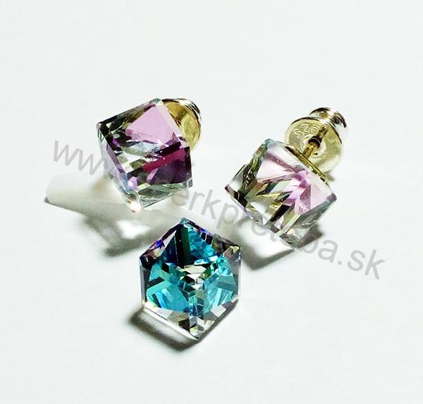 Swarovski napichovacie náušnice kocka fialovomodrej farby Crystal Vitrail  Light f08ede9051a