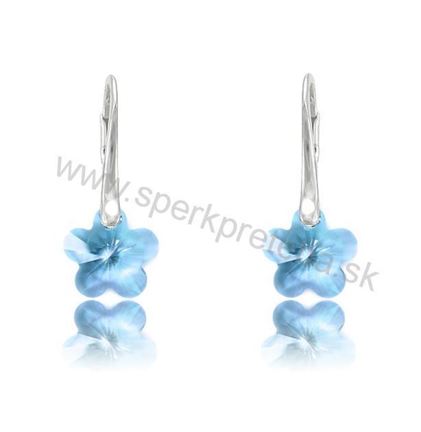 Swarovski náušnice kvetinka 12mm modrej farby Aquamarine a76739337ad